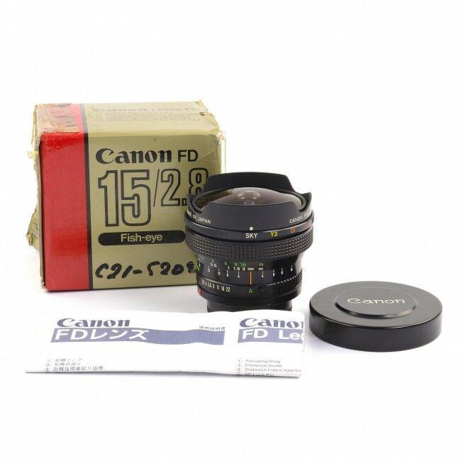 Canon 15mm f2.8 FD Lens + Box