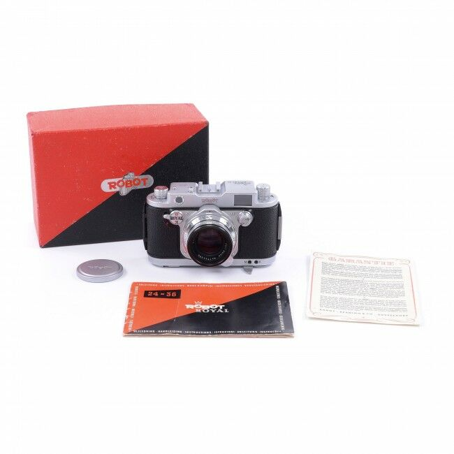 Robot Royal 36 With Continuous Firing Mode + Carl Zeiss 50mm f2 Sonnar + Box