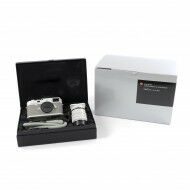 """Leica M10-P """"Ghost Edition"""" for HODINKEE + Box"""