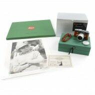 "Leica MP ""Terry O'Neill"" Safari Green Set + Signed Print + Box"
