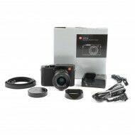 Leica Q2 + Box