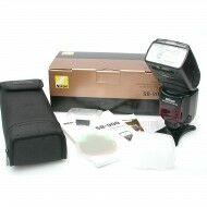 Nikon SB-900 Speedlight Flash + Box
