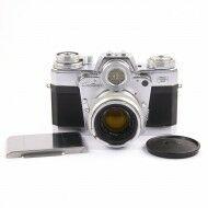 Zeiss Ikon Contarex Bullseye Type B + Carl Zeiss 50mm f2 Planar Lens